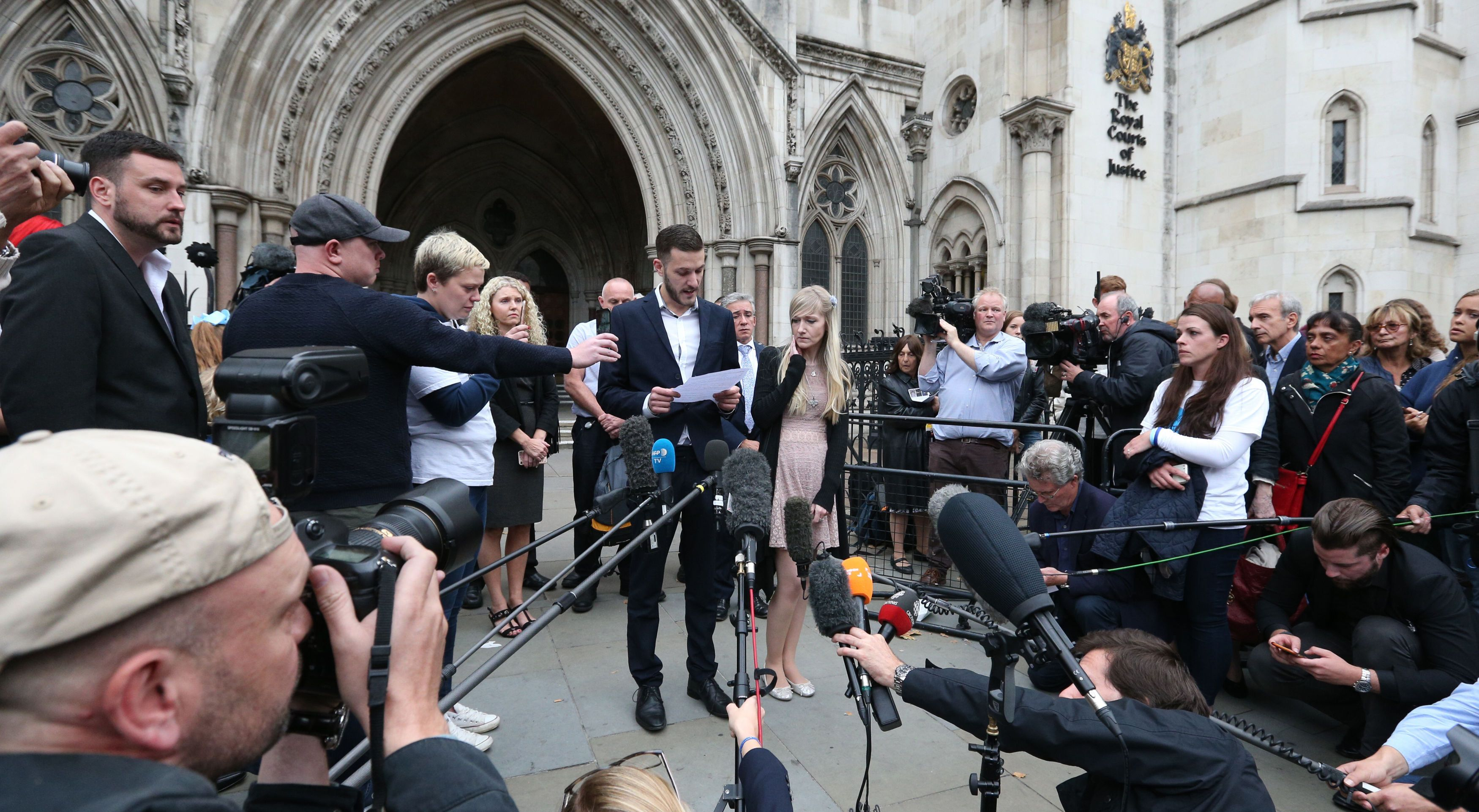 Charlie Gard: Noon deadline for deciding where terminally ill baby dies