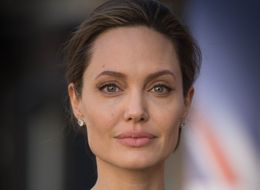 Angelina Jolie Was Diagnosed With Bell's Palsy Following Brad Pitt Split