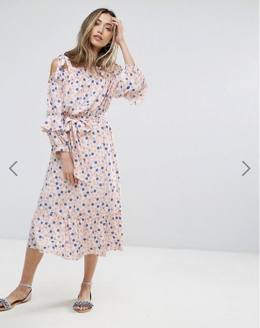"""Get the <a href=""""http://us.asos.com/pearl/pearl-polka-print-cold-shoulder-dress/prd/8457641?clr=pink&SearchQuery=Long+sle"""
