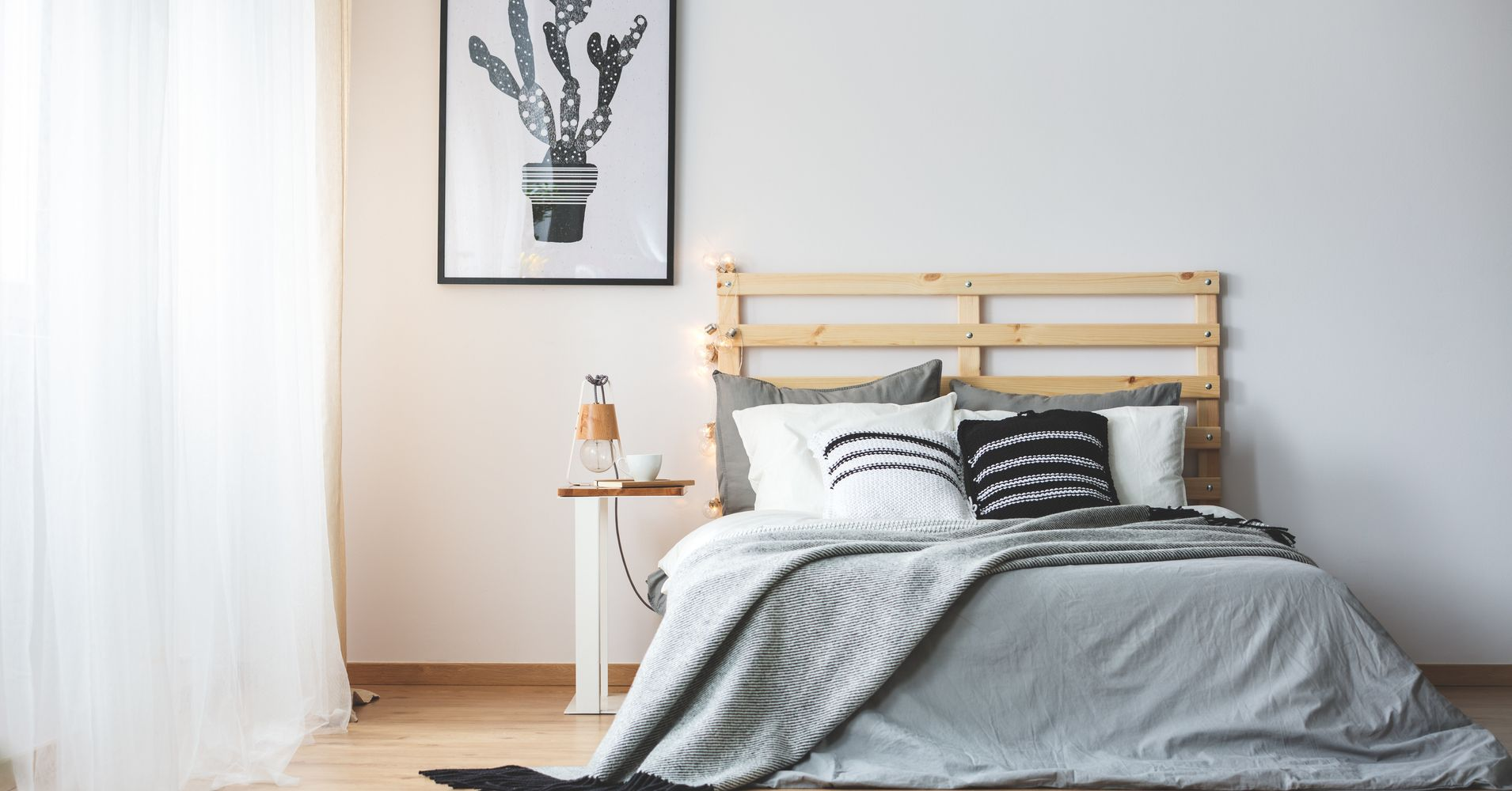 10 minimalist bedroom essentials according to an etsy for Bedroom necessities