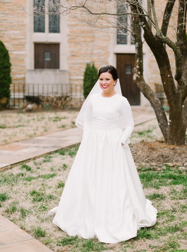 24 wedding dresses with pockets for the effortlessly cool bride 24 wedding dresses with pockets for the effortlessly cool bride huffpost junglespirit Gallery