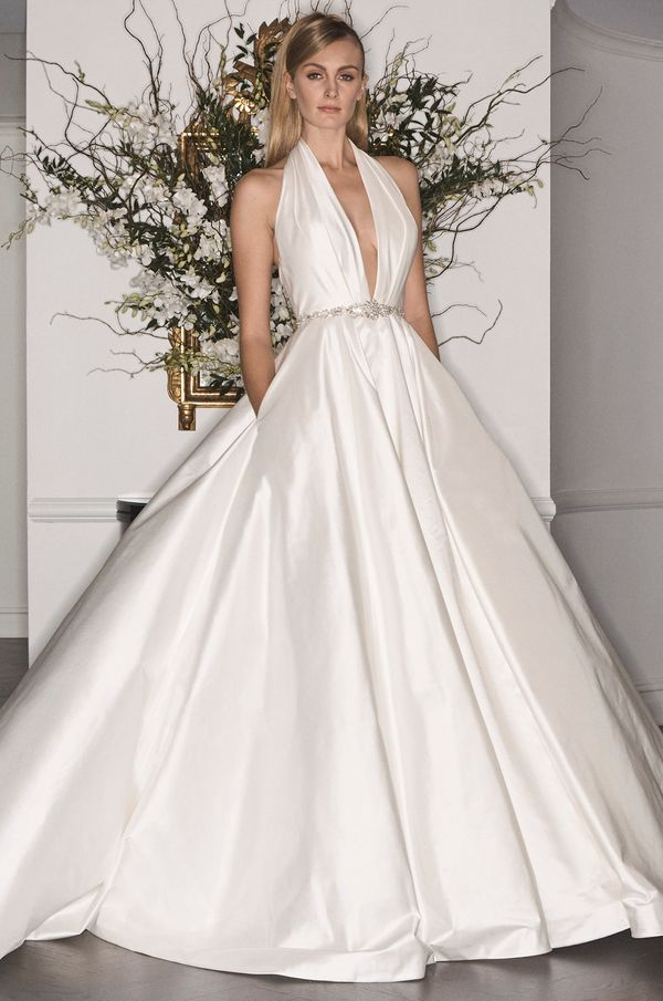 24 Wedding Dresses With Pockets For The Effortlessly Cool Bride ...