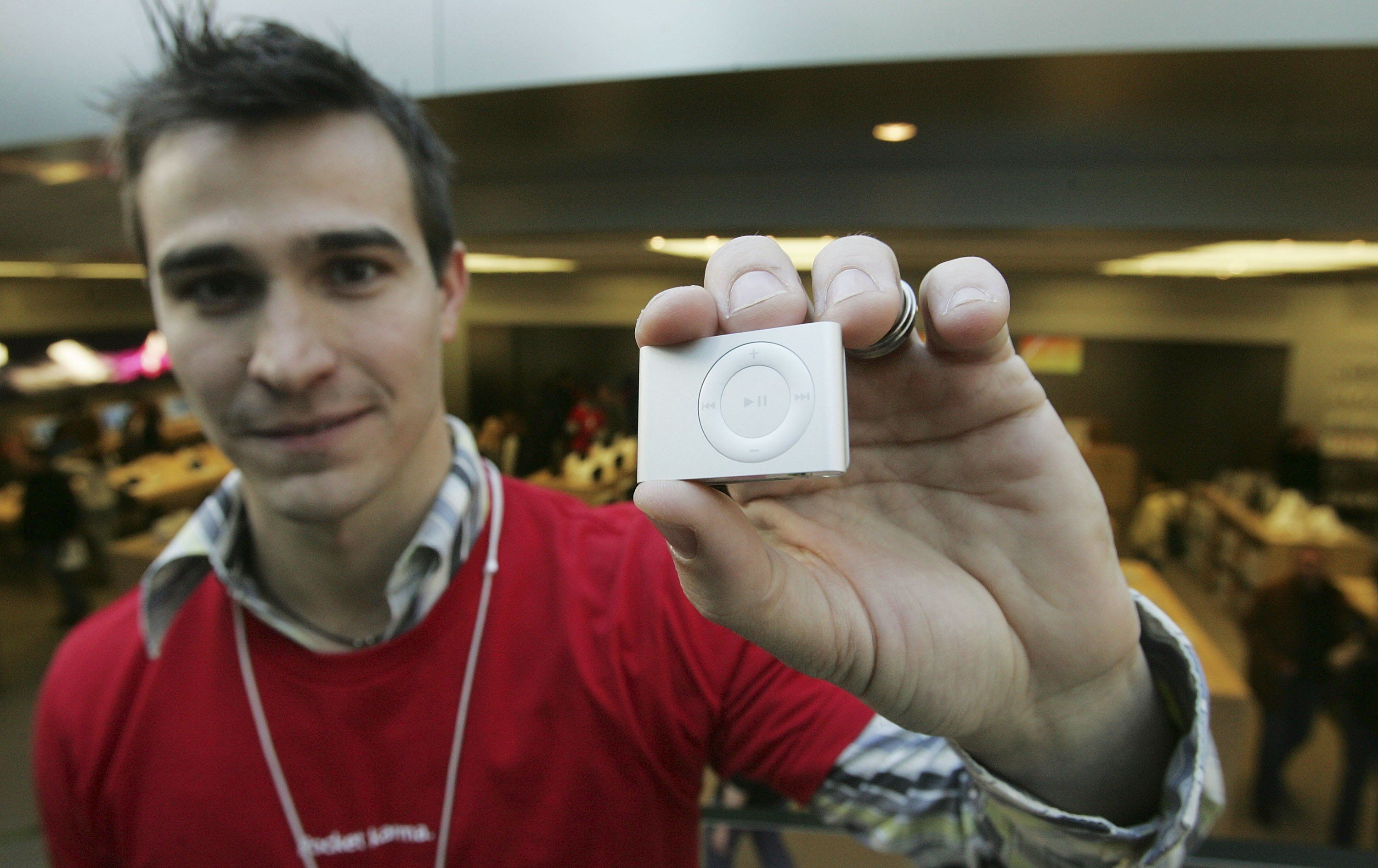 Brandon Schoderbek displays the iPod shuffle in this 2006 file photo.