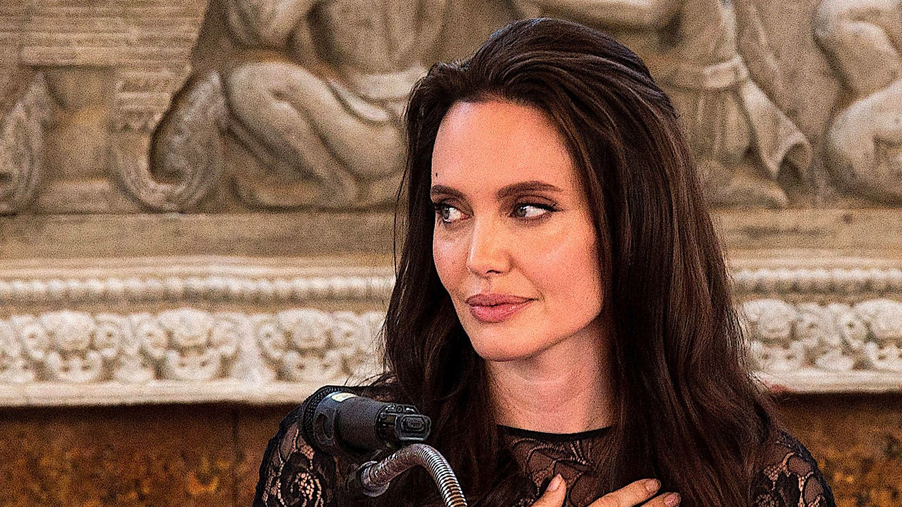 Angelina Jolie Refutes Vanity Fair's Portrayal Of Controversial Auditions
