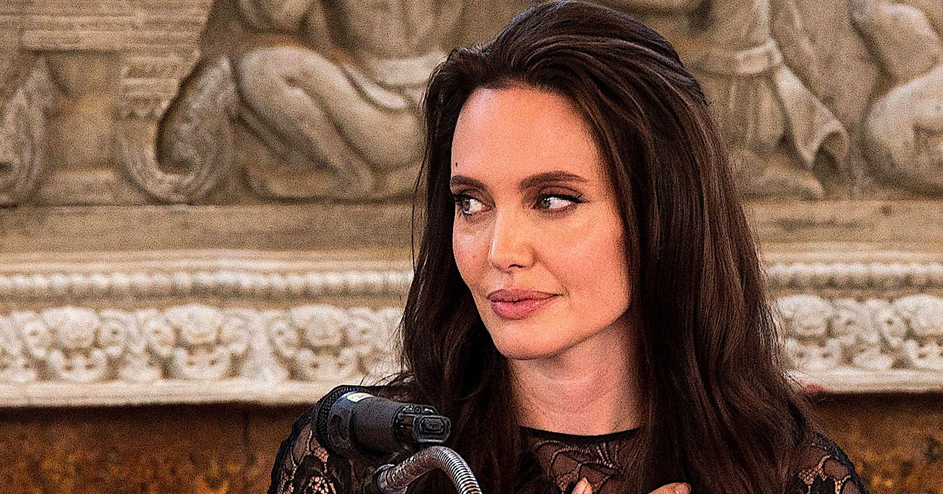Angelina jolie psych eval and bio  Term paper Example