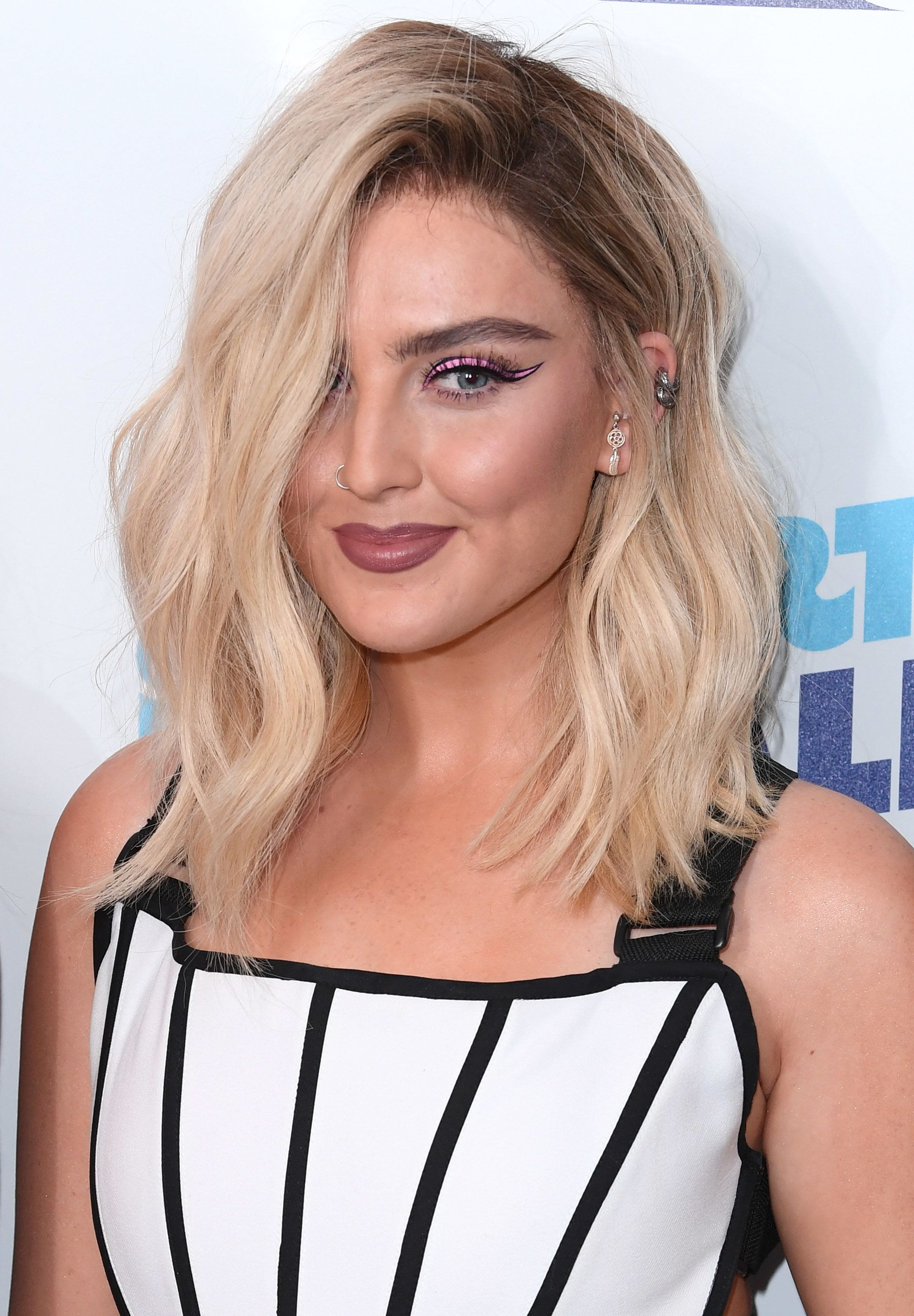 Little Mix Fans Think Perrie Edwards Might Have Taken An On-Stage Swipe At Zayn Malik And Gigi