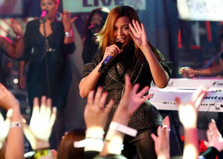 "Beyoncé performs during the ""Total Request Live"" series finale in November 2008."