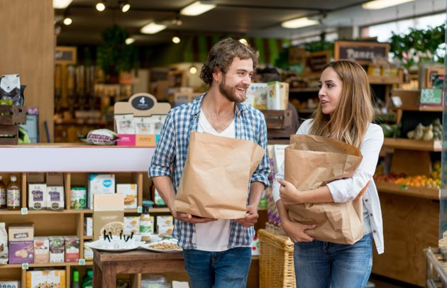 New Survey Says 84 Percent Of Men Think They're The Primary Grocery