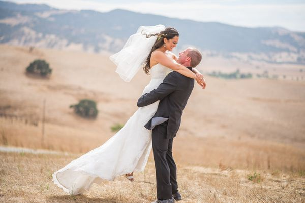 """Congratulations to Jena and Joe! They tied the knot in the bride's hometown of Hollister, California on July 15."" --<i>"