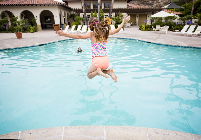 <em>In managed communities with a lot of amenities, such a pool and clubhouse, the neighborhoods become more than neighborhoo