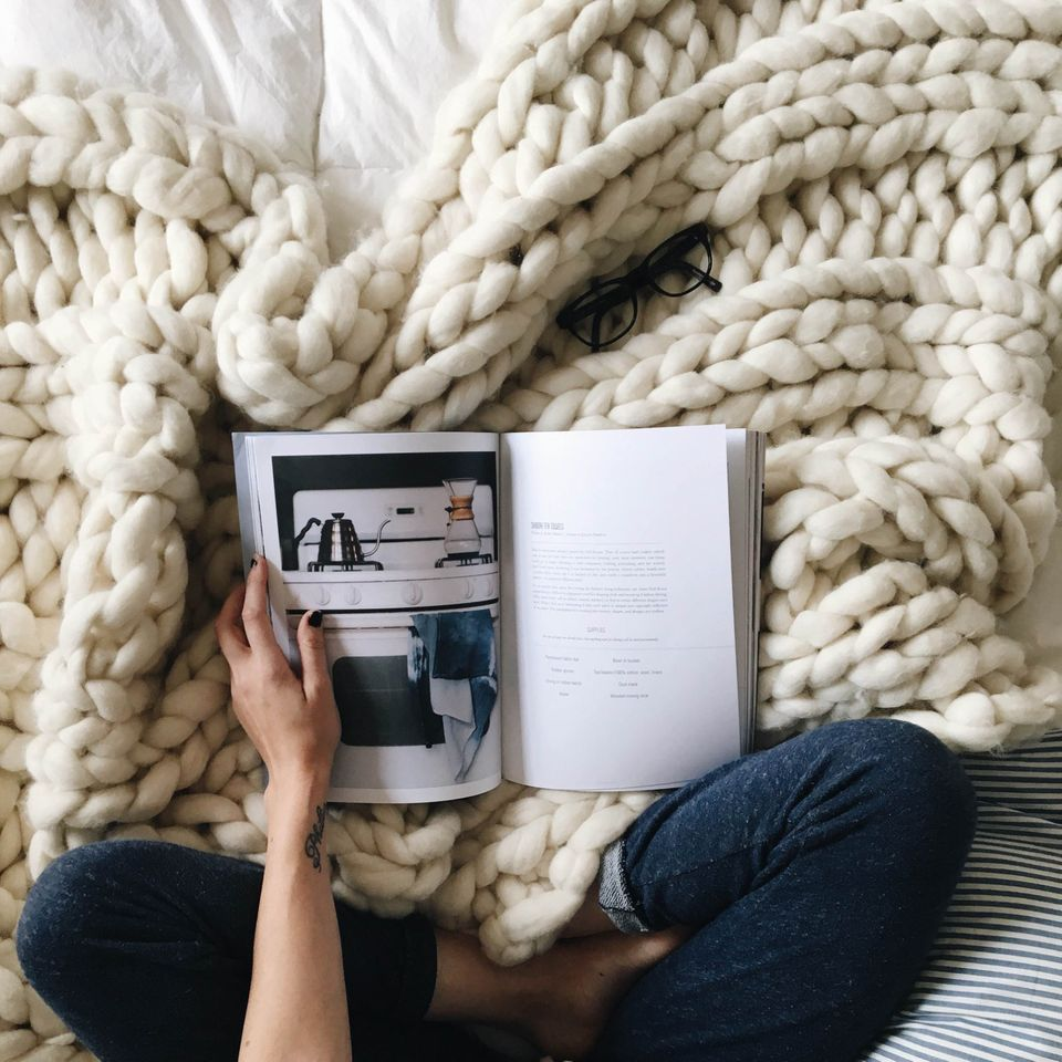 Chunky Knit Blankets 10 Colorways Gallery