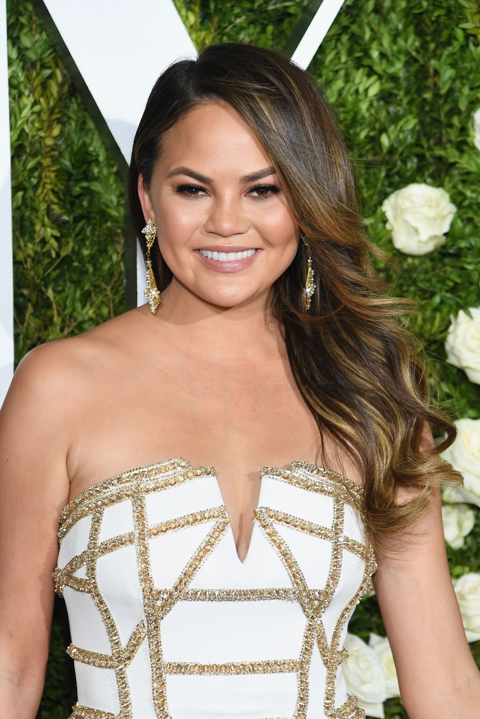 NEW YORK, NY - JUNE 11:  Chrissy Teigen attends the 2017 Tony Awards at Radio City Music Hall on June 11, 2017 in New York City.  (Photo by Dimitrios Kambouris/Getty Images for Tony Awards Productions)