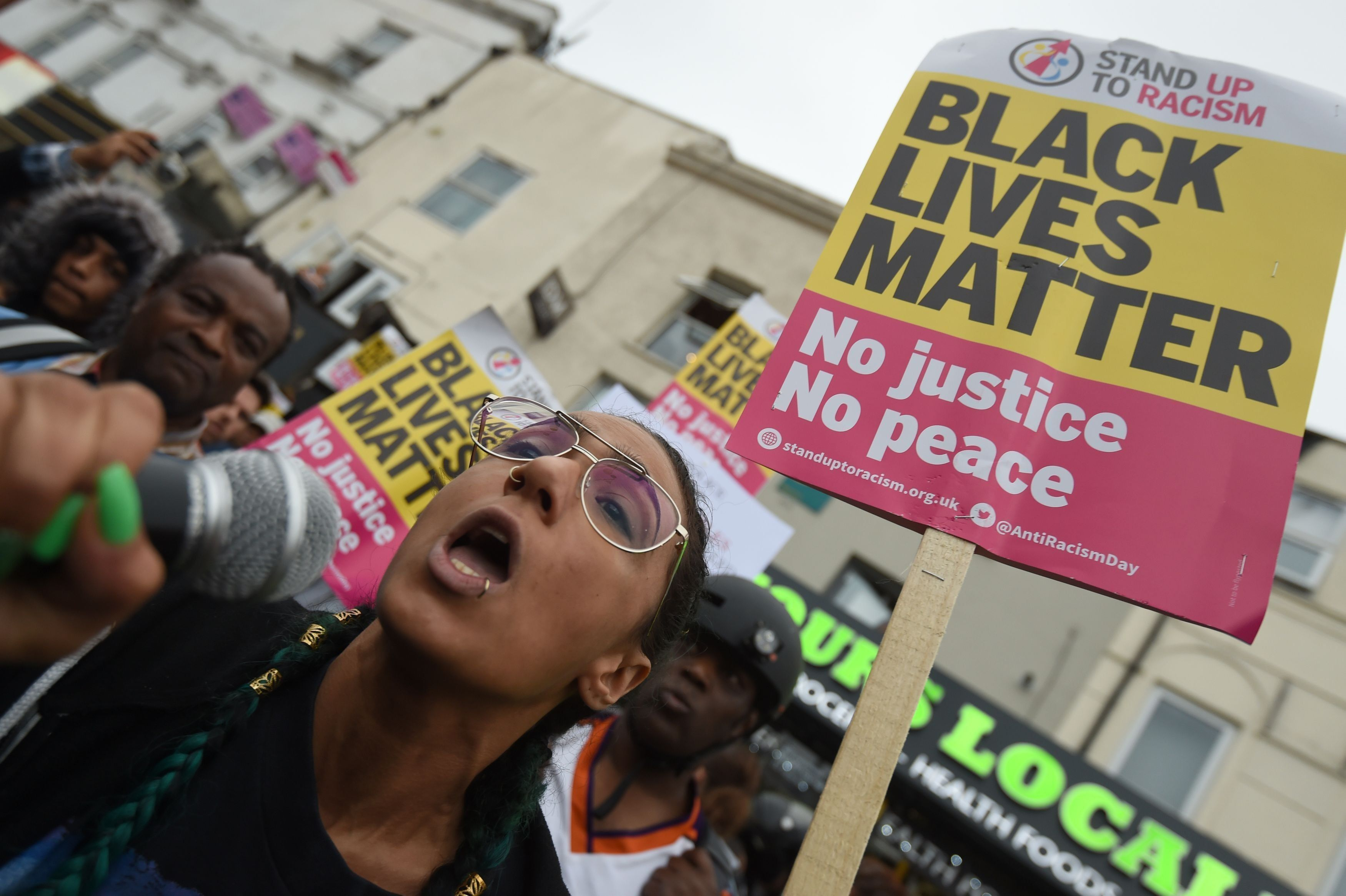 Met Police Officers Are Disproportionately Likely To Use Force Against Black Men