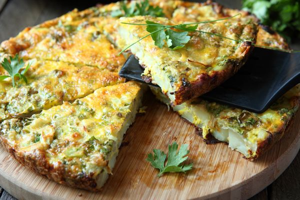 """If you like overcooked eggs, go ahead and order the <a href=""""http://www.huffingtonpost.com/2013/05/16/frittata-recipes-egg-br"""