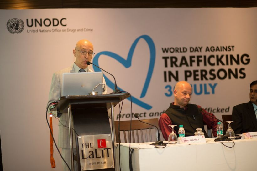 Mr. Sergey Kapinos, UNODC Regional Representative for South Asia, unveiling the Trafficking in Persons platform in New Delhi.