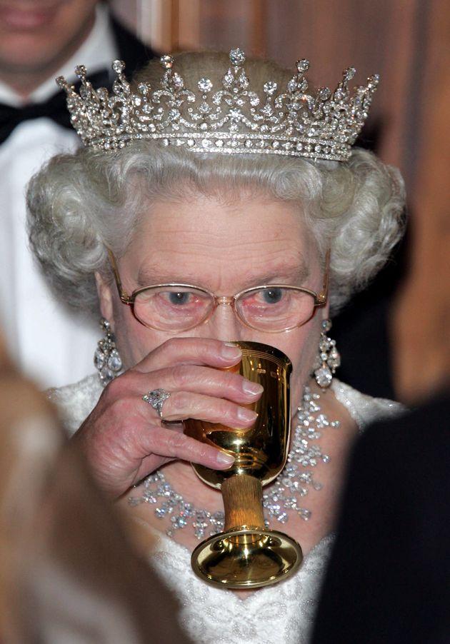 Cómo preparar el cóctel preferido de la reina de