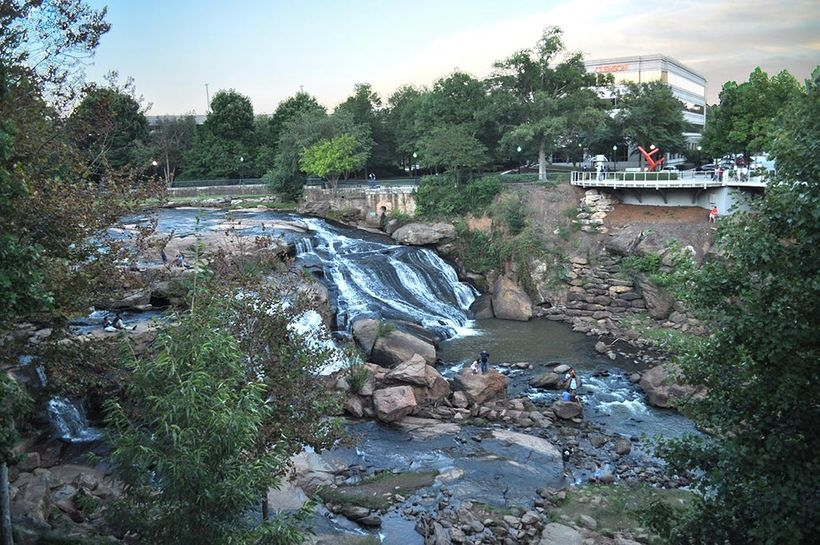 The Reedy River runs through Greenville, giving the town a scenic backdrop.