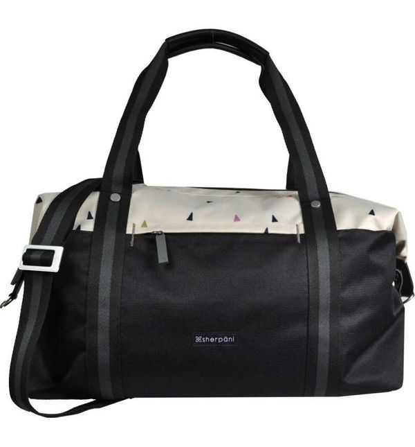 "<a href=""http://shop.nordstrom.com/s/sherpani-finn-overnighter-duffel-bag/4659685?origin=keywordsearch-personalizedsort&f"