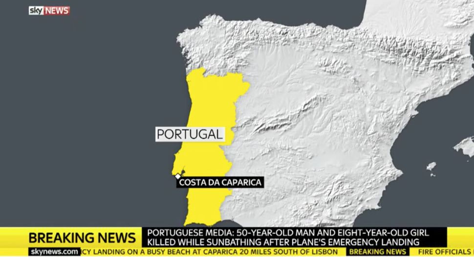 Plane crashes onto beach in Portuguese holiday hotspot - at least two dead