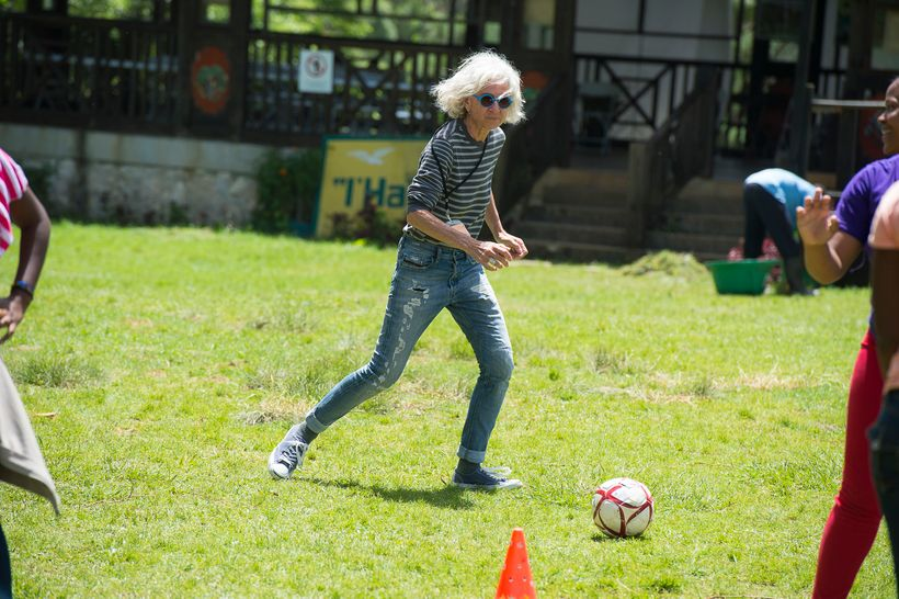 <strong>Dr. Jane Aronson showing off her soccer skills, Kan Etwal, Kenscoff, Haiti.</strong>