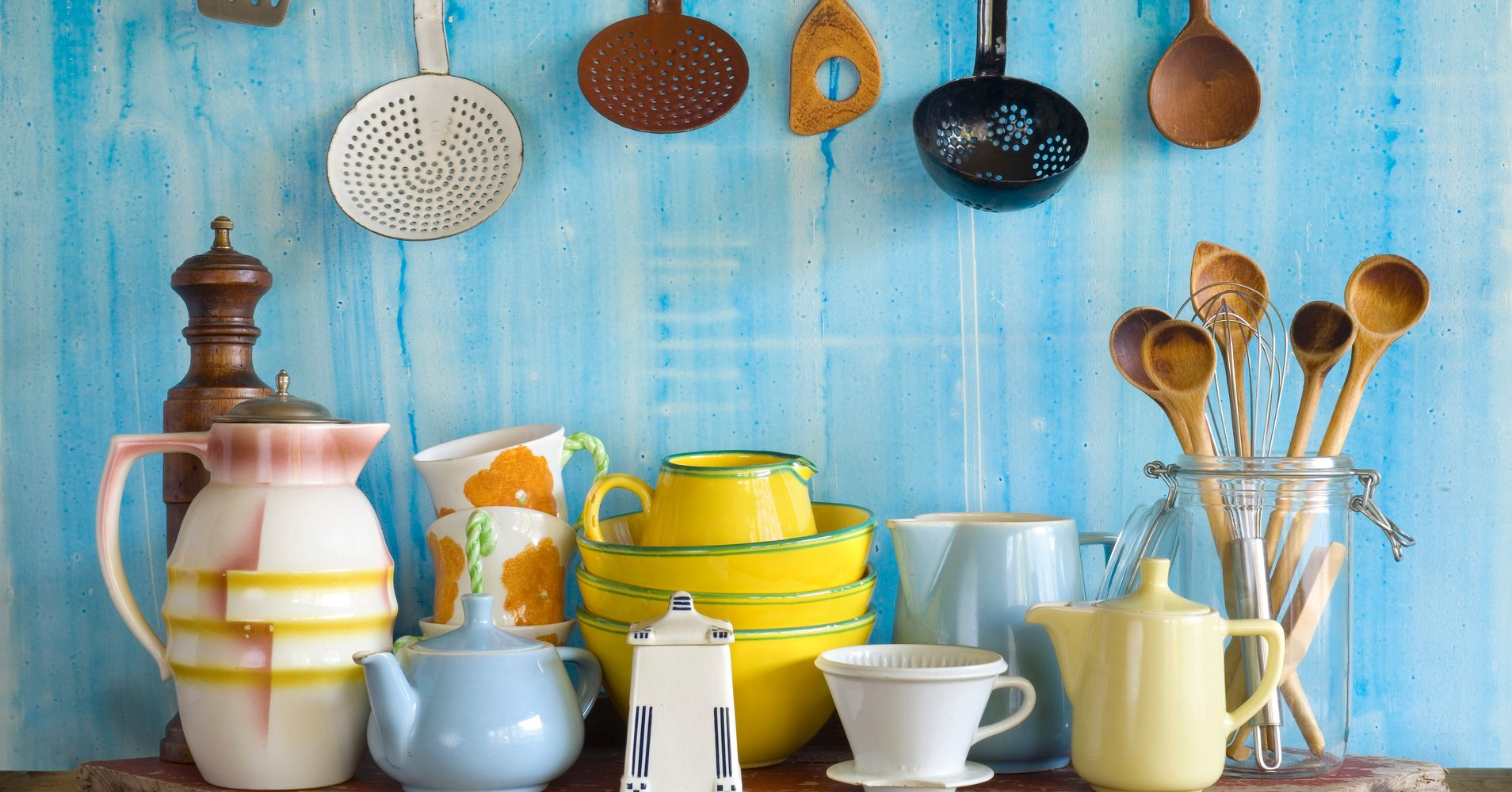 24 Retro Kitchen Essentials Every Vintage Obsessive Needs | HuffPost
