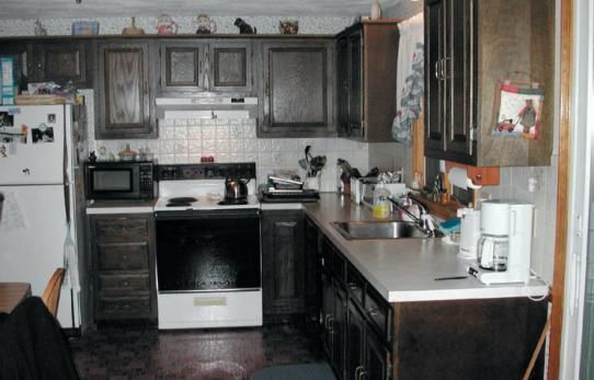 How to Prep Your Kitchen Cabinets for Paint