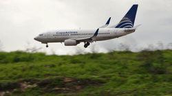 Teenage Boy Leaves Plane By Throwing Open Emergency Door And Sliding Down