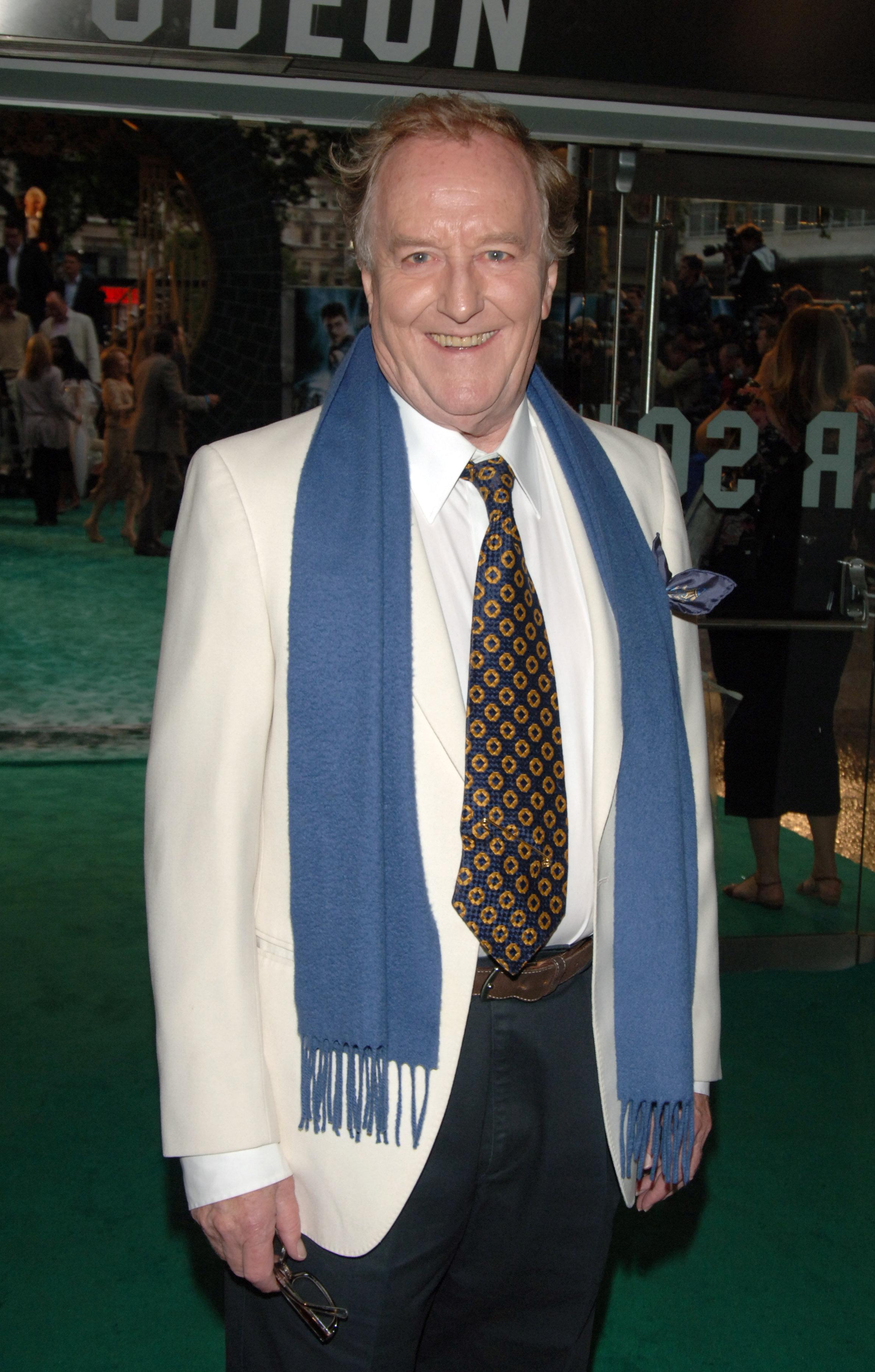 'Harry Potter' Actor Robert Hardy Dies, Aged