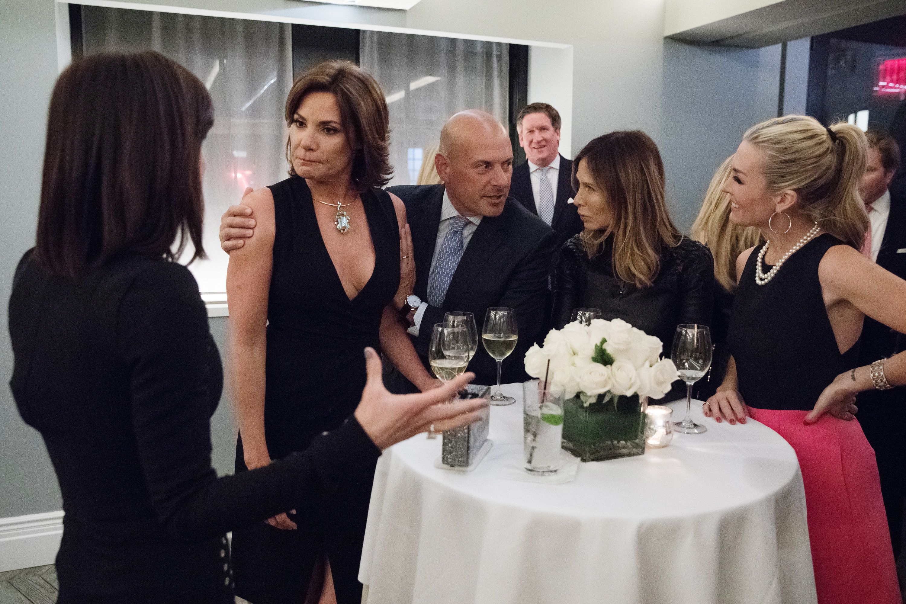 THE REAL HOUSEWIVES OF NEW YORK CITY -- 'A Countess No More' Episode 911 -- Pictured: (l-r) Luann D'Agostino, Tom D'Agostino, Carole Radziwill, Tinsley Mortimer -- (Photo by: Heidi Gutman/Bravo)