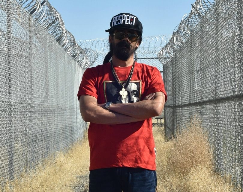 Damian Marley in 2016 at Claremont Custody Center in Coalinga, CA, which has since been transformed into cannabis growing fac