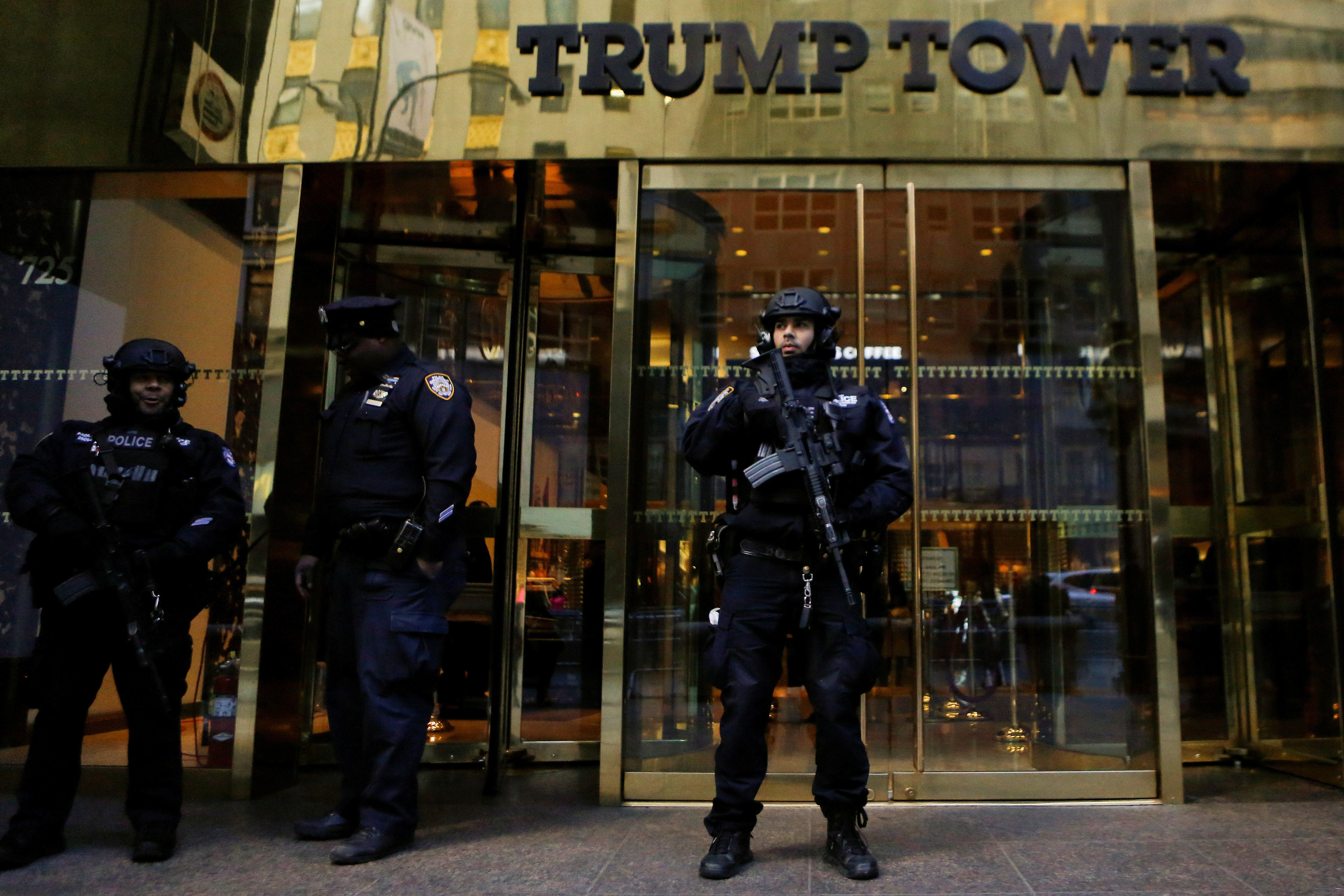 Report: Secret Service Booted To The Sidewalk After Trump Tower Rent Dispute