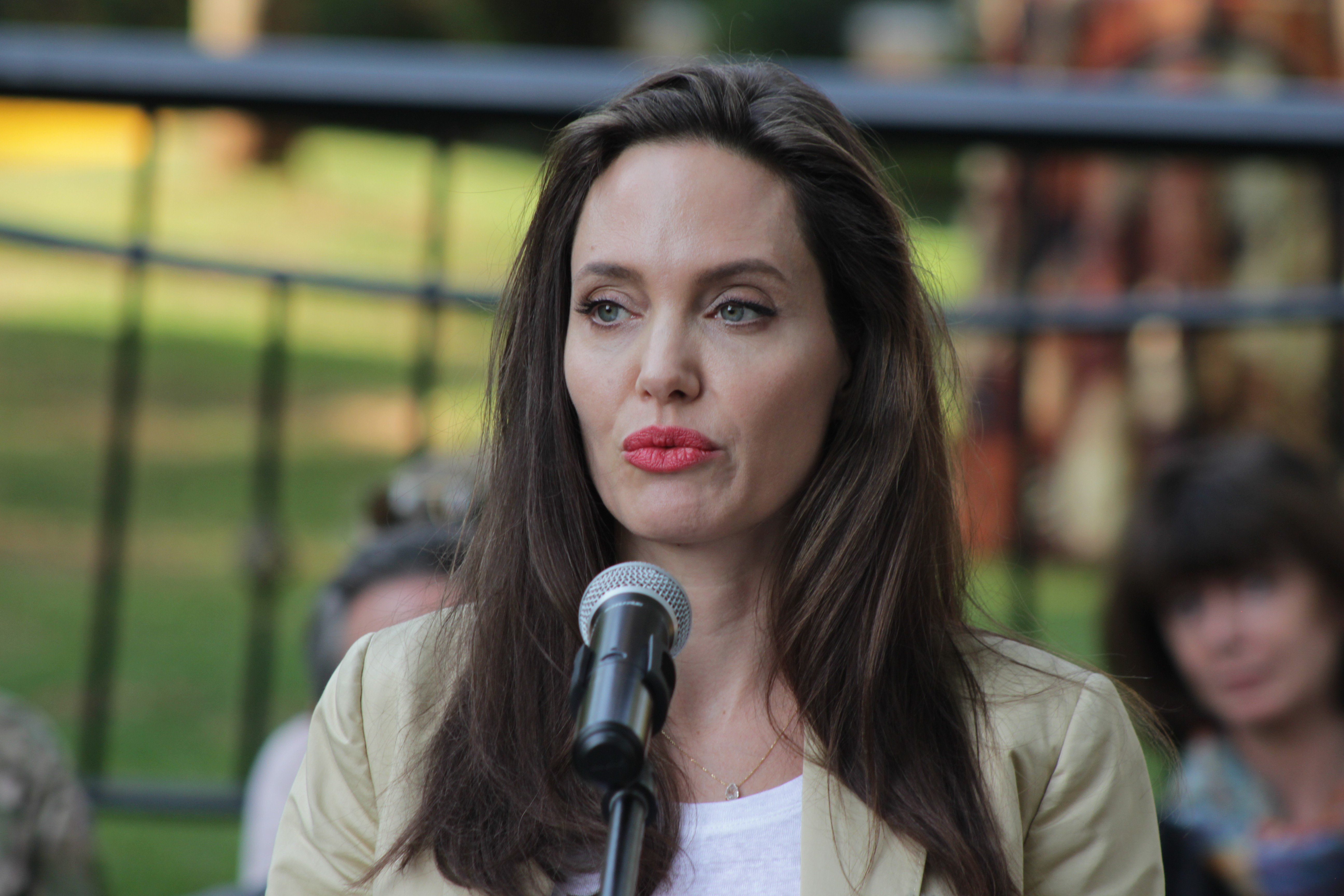 Vanity Fair Releases Angelina Jolie Interview Transcripts Amid Casting
