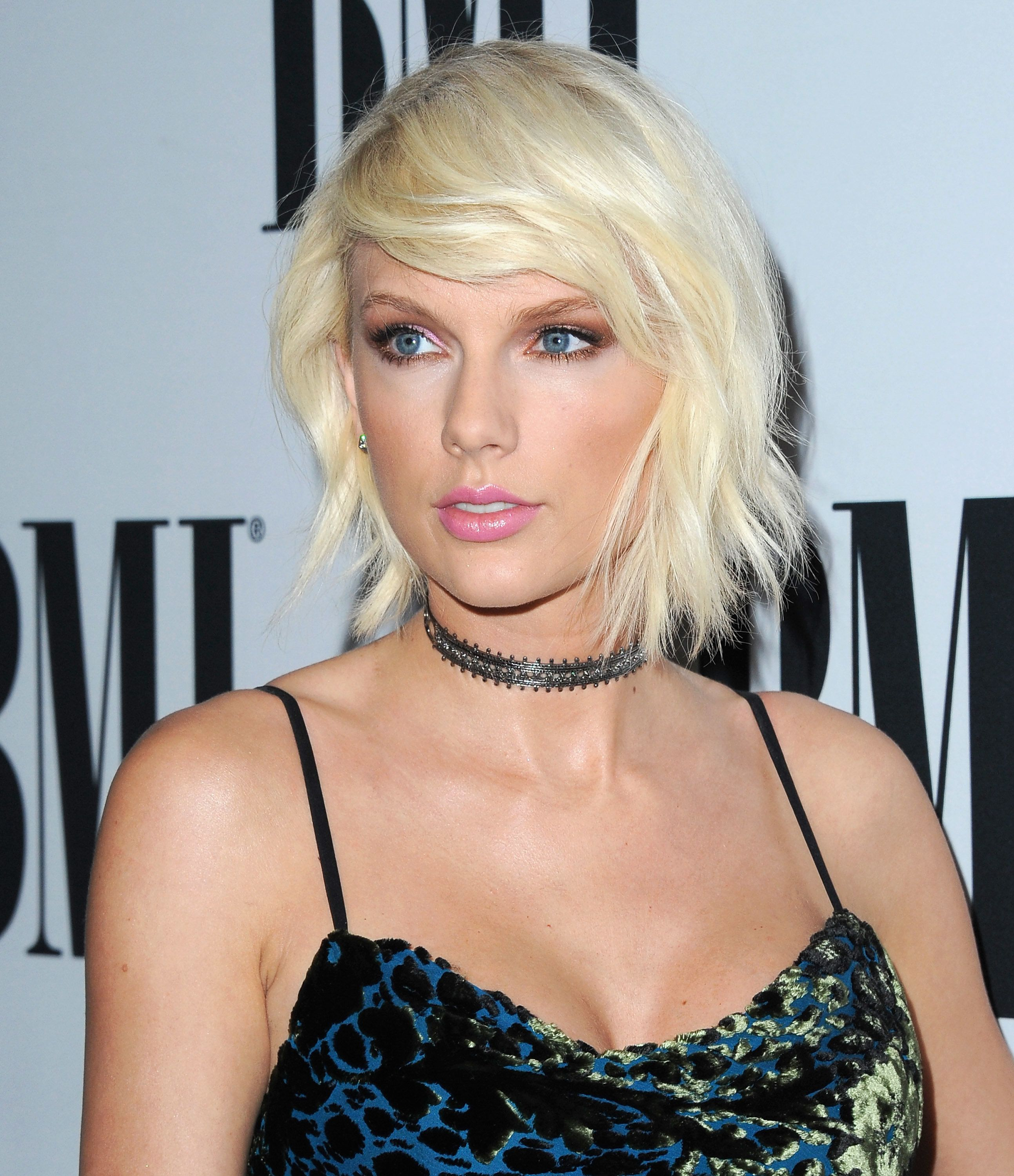 Taylor Swift To Testify Against Man She Says Groped