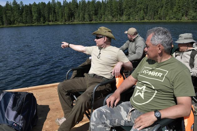 Putin with Defence MinisterSergei