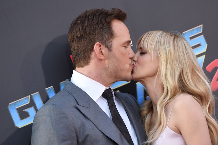 Pratt and Faris have been photographed kissing on just about every red carpet they walk on together.