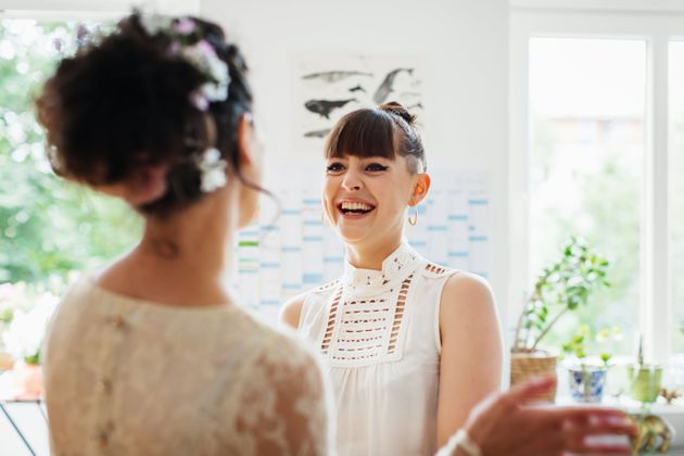 A Woman Had To Explain To Her Friend Why She Couldn't Wear A White Dress To A