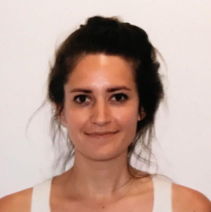 La foto del pasaporte de esta mujer salió tan mal que merece un premio