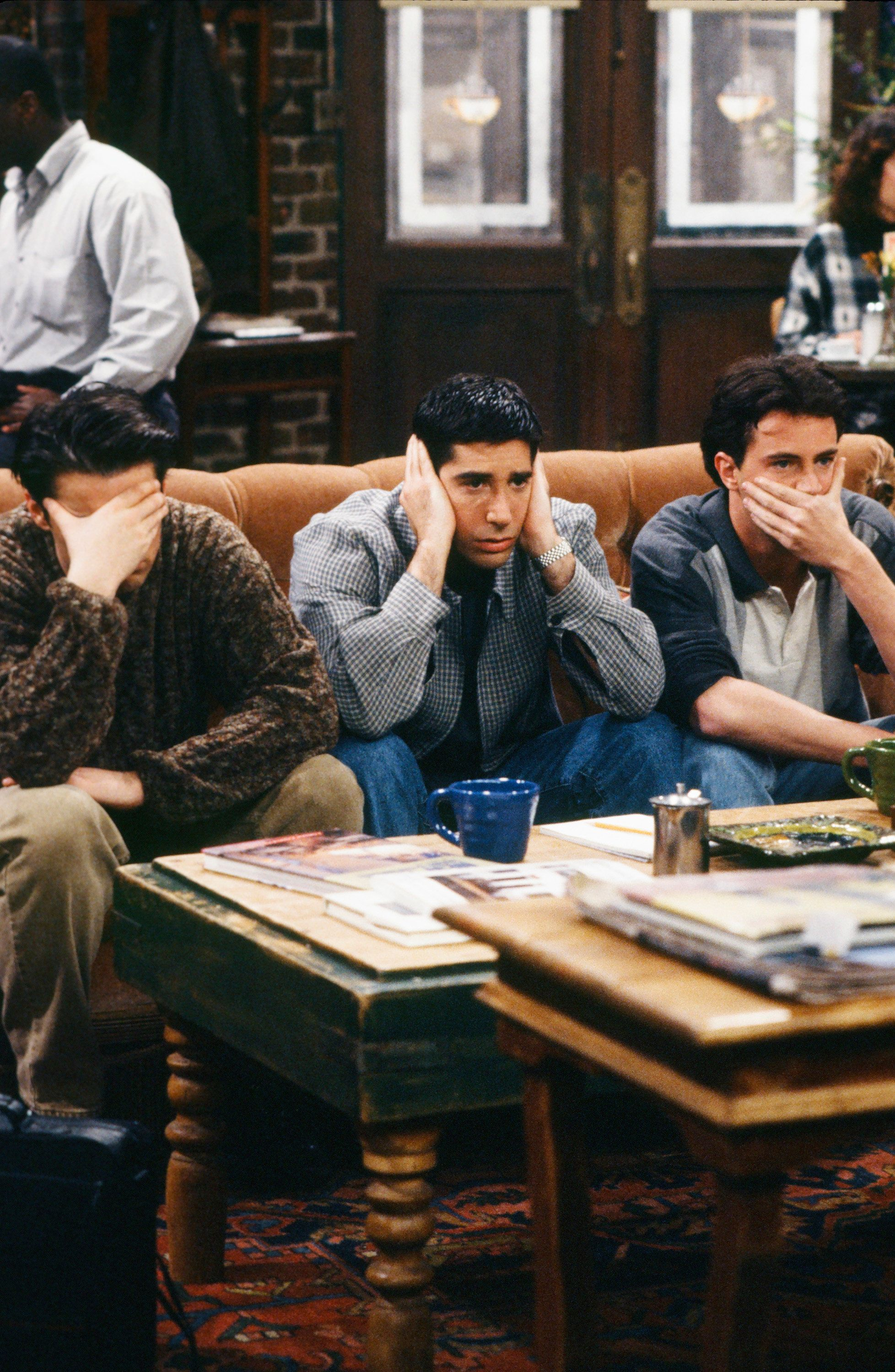 FRIENDS -- 'The One with the Fake Monica' Episode 121 -- Pictured: (l-r) Matt LeBlanc as Joey Tribbiani, David Schwimmer as Ross Geller, Matthew Perry as Chandler Bing -- (Photo by: Alice S. Hall/NBC/NBCU Photo Bank via Getty Images)