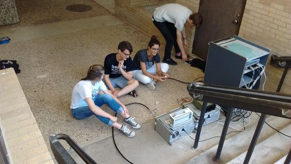 QuarkNet students at KU