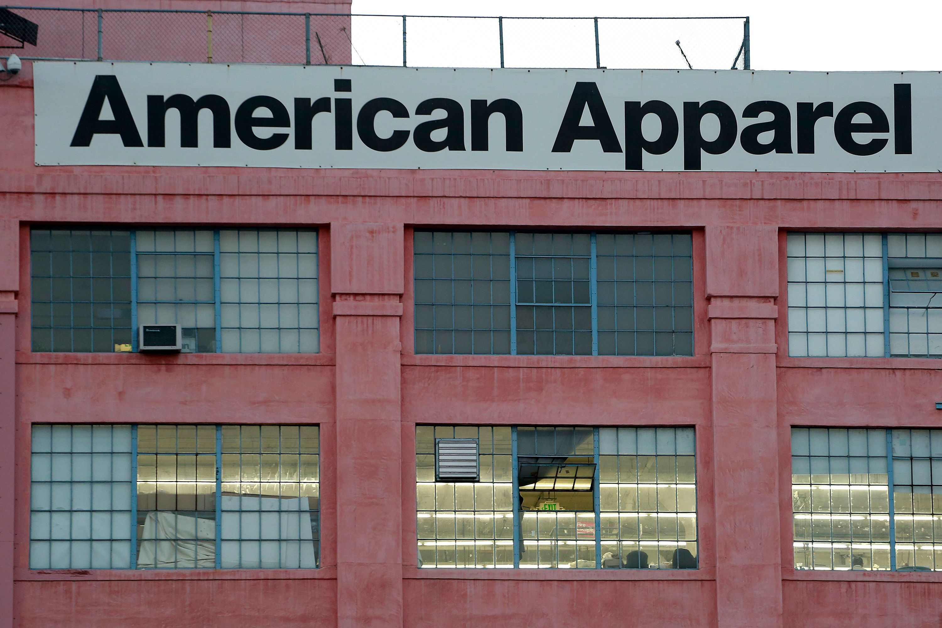 The American Apparel factory headquarters is pictured in Los Angeles, California July 7, 2014. Investment firm Standard General LP said Monday it gained voting control of ousted American Apparel Inc Chief Executive Officer Dov Charney's shares in the firm and will back the retailer in its battle against bankruptcy. REUTERS/Jonathan Alcorn  (UNITED STATES - Tags: BUSINESS)
