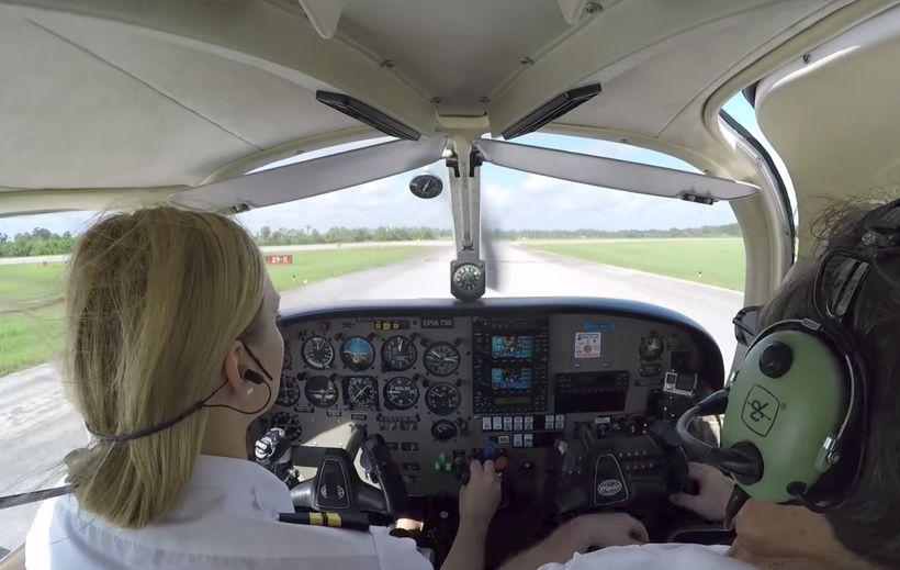 """<a rel=""""nofollow"""" href=""""https://generalaviationnews.com/2016/04/08/epic-flight-academy-launches-program-to-offset-pilot-short"""