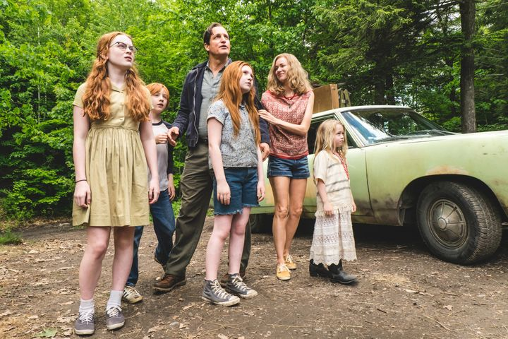 "Woody Harrelson, Naomi Watts and their fictional offspring appear in a scene from ""The Glass Castle."""