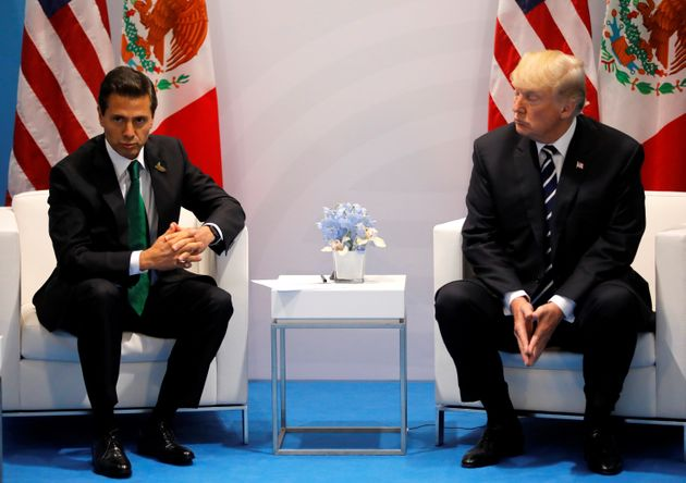This isn't an uncomfortable looking picture of Presidents Donald Trump and Enrique Pena