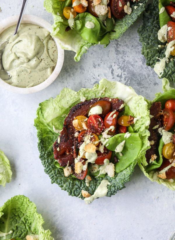 """<strong>Get the <a href=""""http://www.howsweeteats.com/2017/06/blt-lettuce-wraps/"""" target=""""_blank"""">BLT Lettuce Wraps with Avoca"""