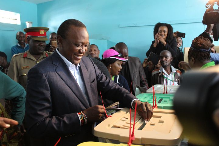 Kenyatta casts his vote in Nairobi on Aug. 8.