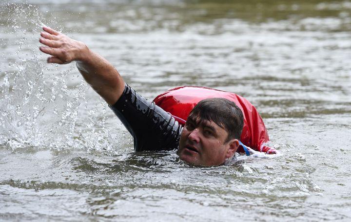 German Man Avoids Traffic Jams By Swimming To Work