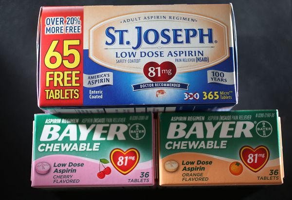 <strong>Brand name:</strong> Bayer Aspirin.<br><br><strong>What it's used to treat:</strong> Pain; fever; inflammation.