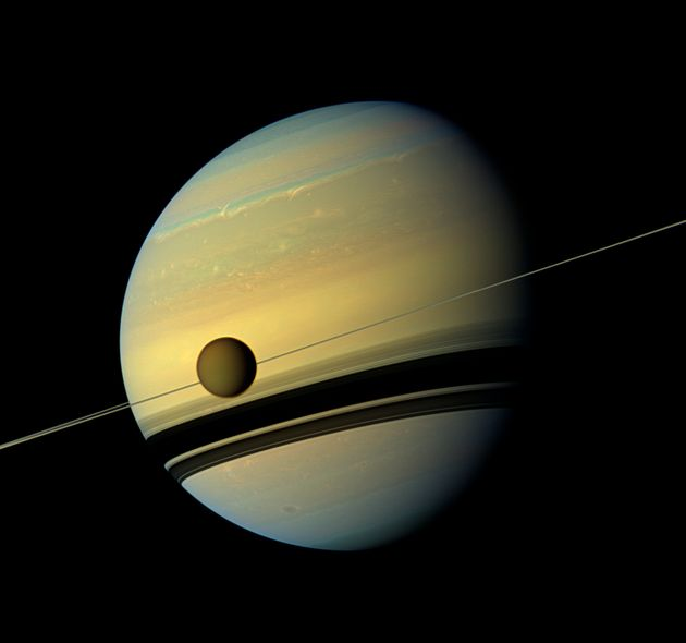NASA's Cassini Makes Final Passes Before Fatal Plunge Into Saturn's