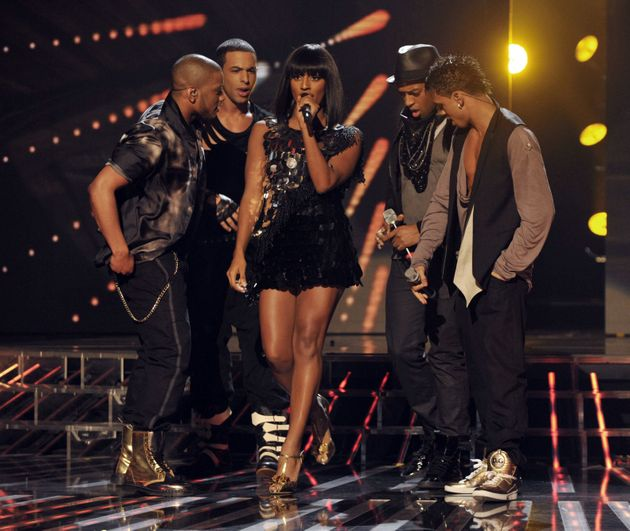 Alexandra and JLS perform together in