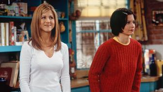 FRIENDS -- 'The One with the Embryos' Episode 12 -- Pictured: (l-r) Jennifer Aniston as Rachel Green, Courteney Cox as Monica Geller  (Photo by J. Delvalle/NBC/NBCU Photo Bank via Getty Images)